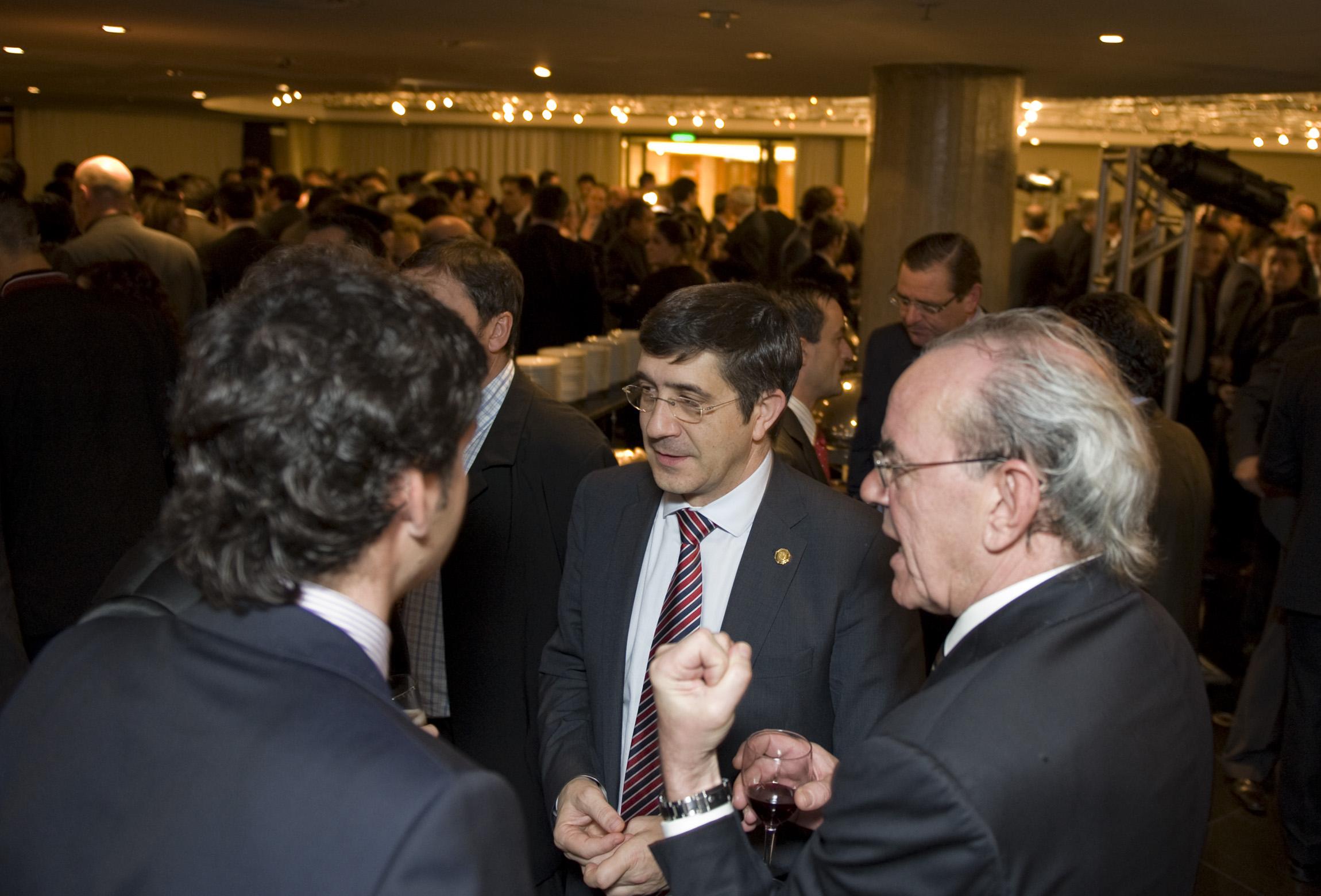 """Delegaciones de empresas vascas regresarán a Brasil con """"propuestas concretas"""" para realizar inversiones  [11:55]"""