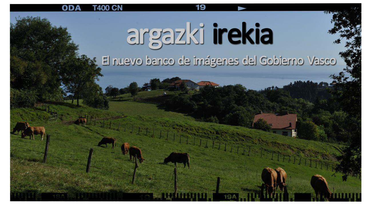 Nace Argazki, el resultado de la liberación del archivo fotográfico del Gobierno Vasco [1:06]