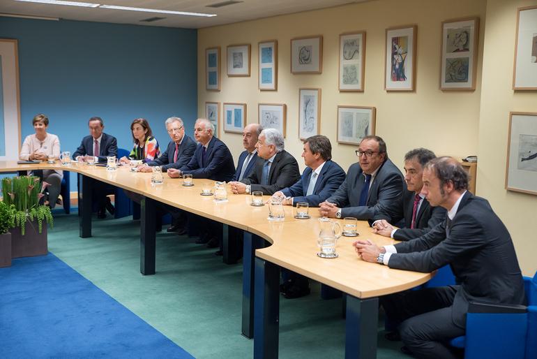 El Lehendakari se reúne con el Comité Ejecutivo de CONFEBASK