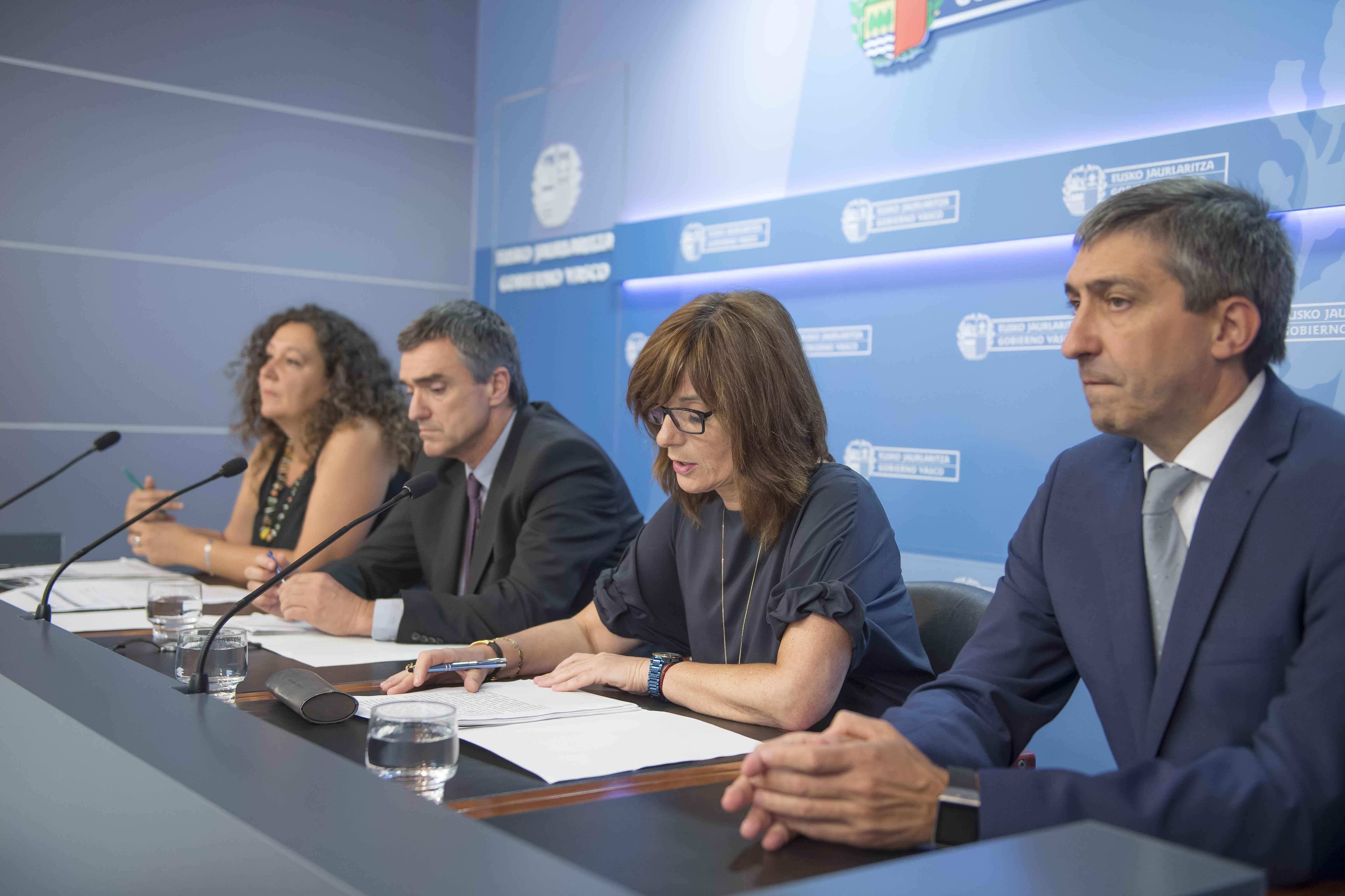 El Gobierno Vasco presenta un documento marco para orientar de forma compartida la respuesta a la crisis humanitaria en el Mediterráneo