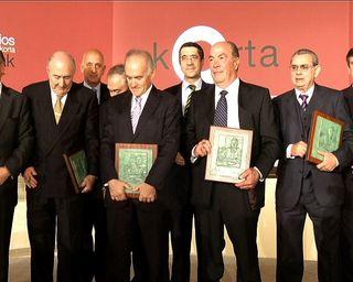 Cronica lehendakari premios korta