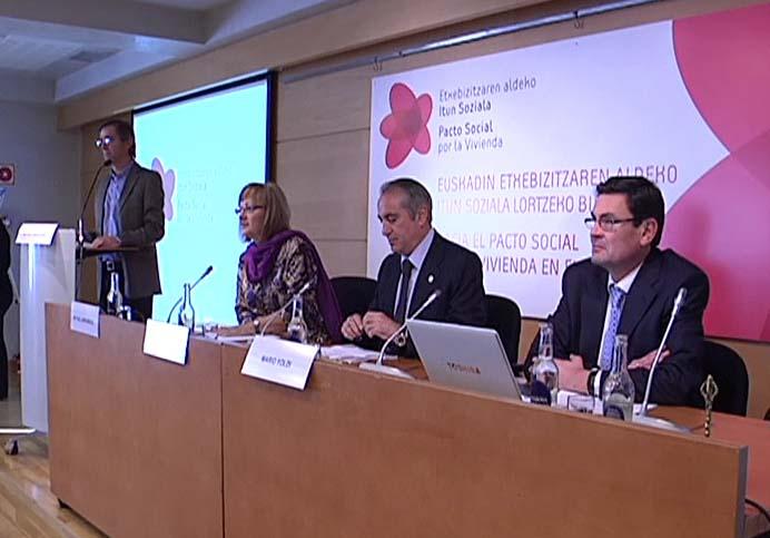 El Gobierno Vasco propone un gran Pacto Político y Social a diez años en materia de vivienda [1:50]