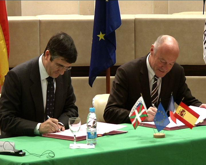 Euskadi y Aquitania inician el proceso para constituirse en Eurorregión [1:56]