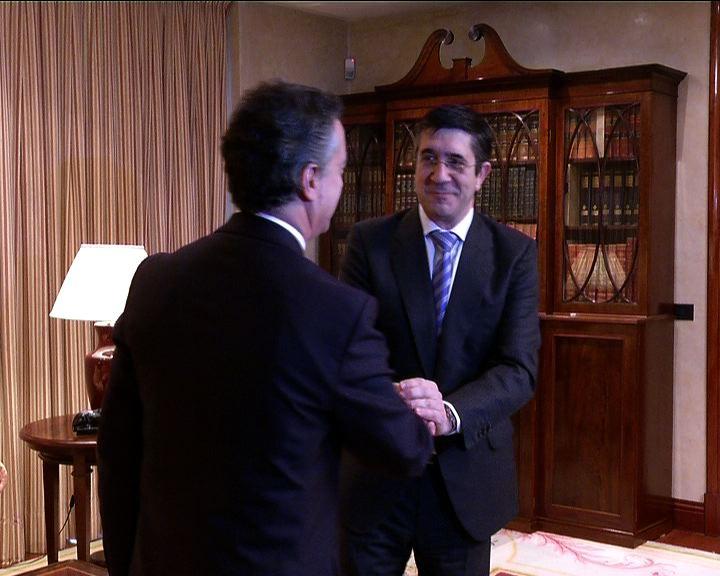 """El Lehendakari enviará un decálogo de """"materias coincidentes"""" al PNV para lograr """"acuerdos básicos para la modernización"""" de Euskadi [1:28]"""