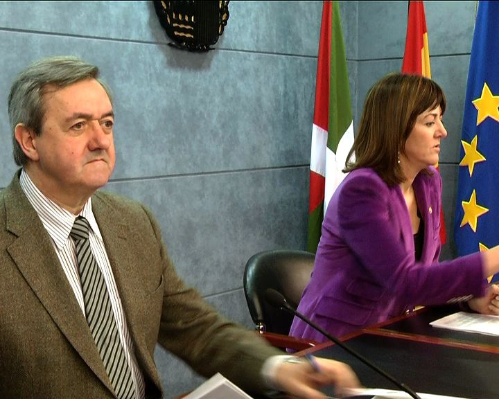 Se aprueba el Programa de Apoyo a las PYMEs y trabajadores autónomos dotado con 600 millones de euros [4:18]