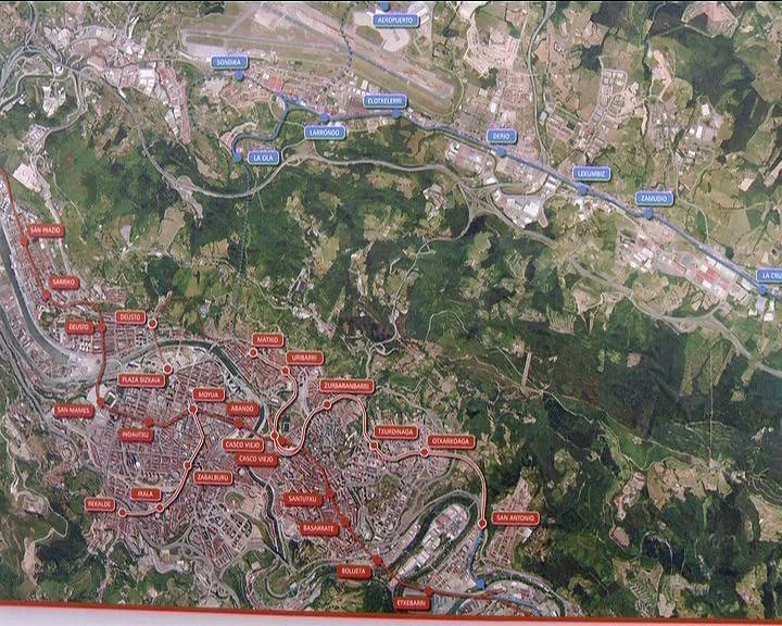 Lehendakariak Bilboko Metroaren 3. Linearen Txurdinaga-Zazpi Kaleak-Uribar tarteen lehenengo harria jarri du