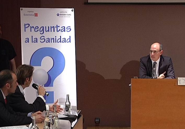 El consejero de Sanidad responde a las preguntas de quince asociaciones sobre temas sanitarios [1:11]