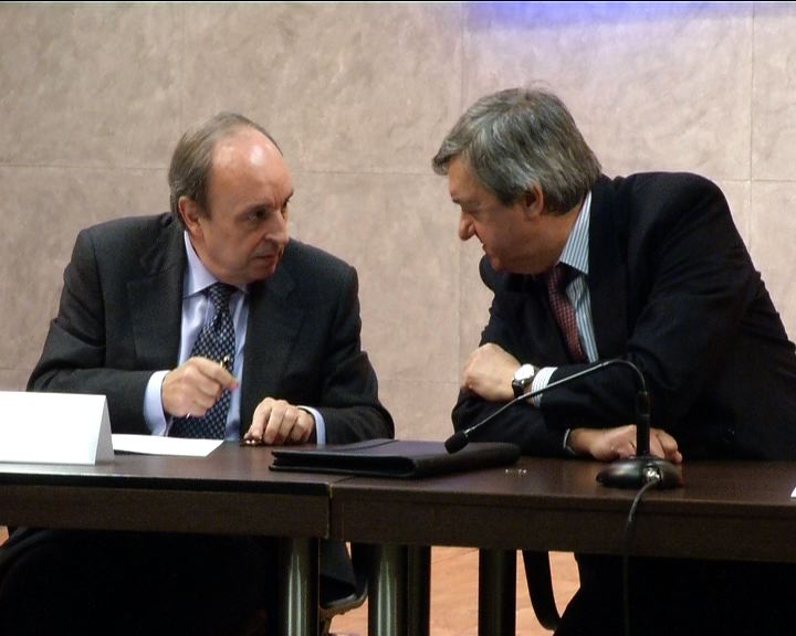 El Gobierno Vasco suscribe un acuerdo con 20 entidades financieras para facilitar créditos por 600 millones de euros a empresarios y autónomos [1:01]