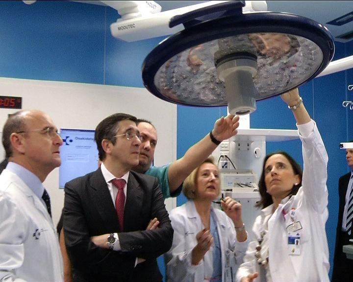 Inauguración del nuevo bloque quirúrgico de urgencias del hospital Donostia [0:56]
