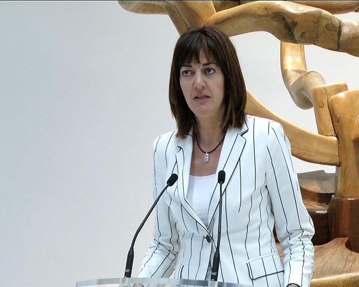 """El Lehendakari se reunirá con los tres diputados generales para analizar una """"actuación conjunta de las instituciones vascas"""" ante las medidas de ajuste anti-crisis [13:14]"""
