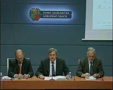 El Consejero de Economía y Hacienda presenta los datos de coyuntura de la economía vasca en el primer trimestre de 2010 [25:22]