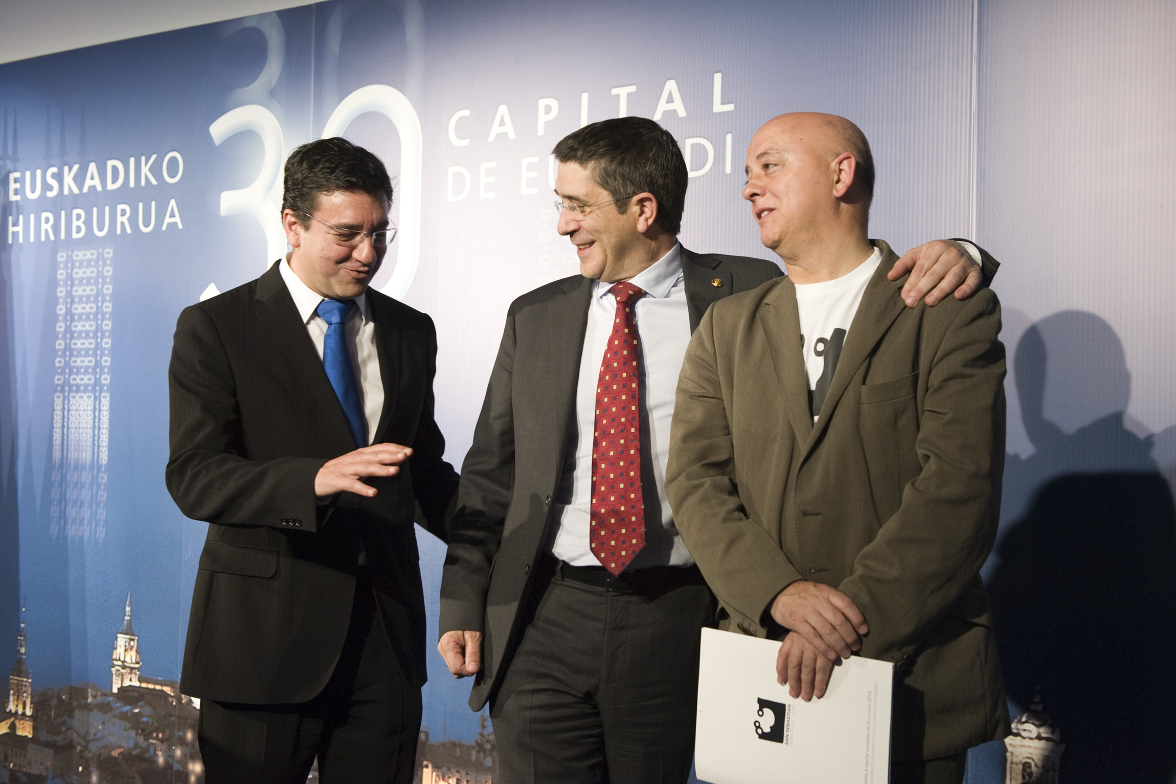 capital7.jpg