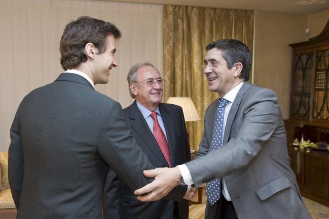 El Lehendakari recibe a los organizadores del Festival de Jazz de Vitoria-Gasteiz