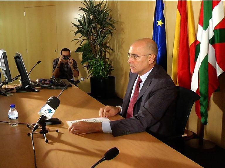 """El Gobierno Vasco considera """"absolutamente insuficiente"""" el comunicado de ETA [1:57]"""