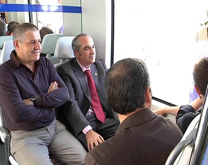 Euskotren estrenará 30 nuevas unidades en 2011 [1:37]