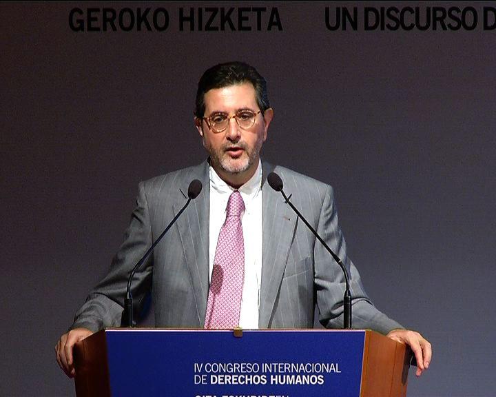 Gonzalo Maestro Buelga Catedrático de Derecho Constitucional. Universidad del País Vasco. España. [31:42]