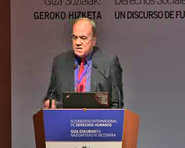 Luis Moreno Fernández Profesor de Investigación en el Instituto de Políticas y Bienes Públicos del Centro de Ciencias Humanas y Sociales en Madrid (España) del Consejo Superior de Investigaciones Científicas (CSIC).  [0:00]