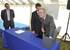 El Consejero de Vivienda, Iñaki Arriola y el alcalde de Irun, José Antonio Santano han colocado hoy la primera piedra de un ámbito que albergará 300 viviendas protegidas