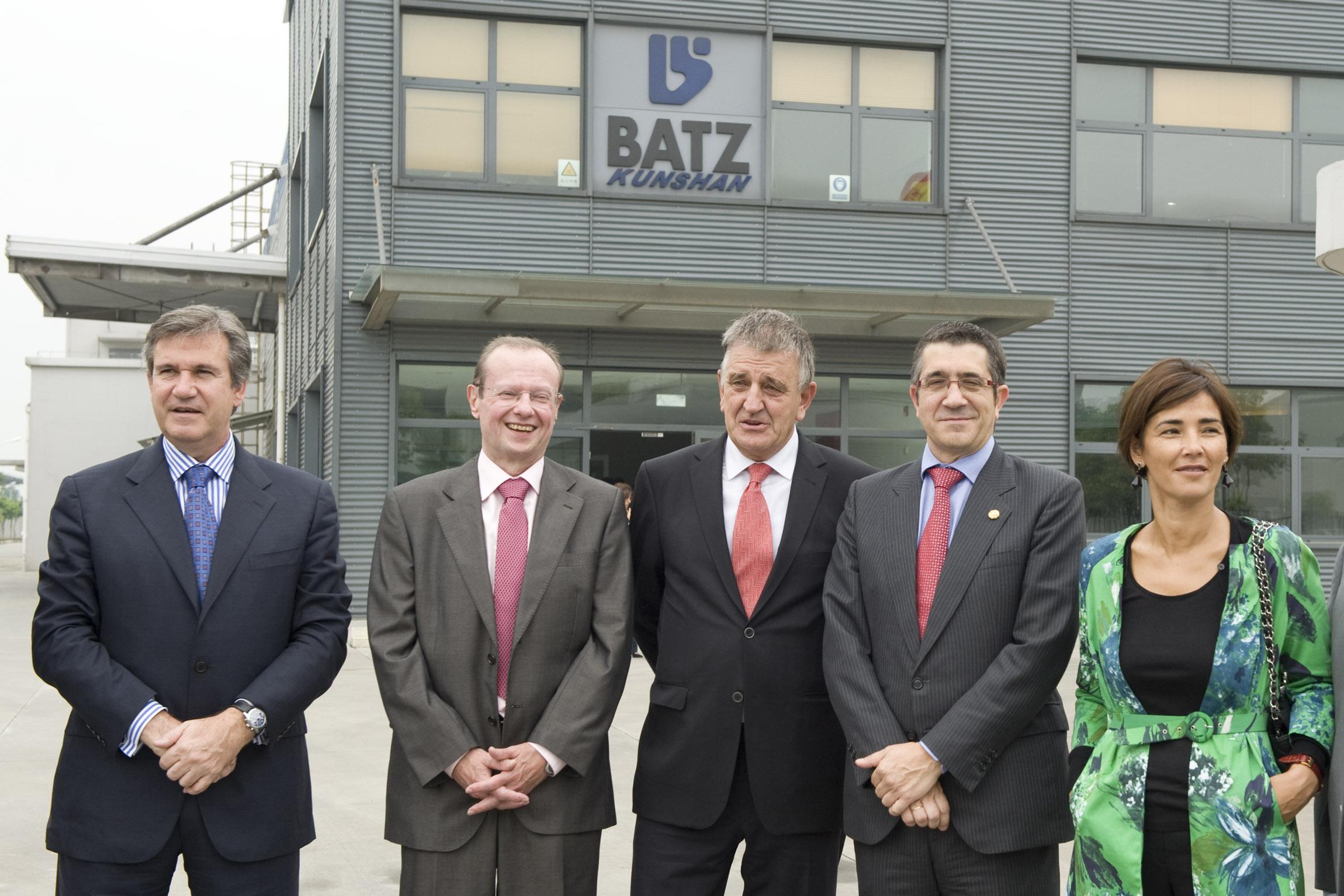 batz02.jpg