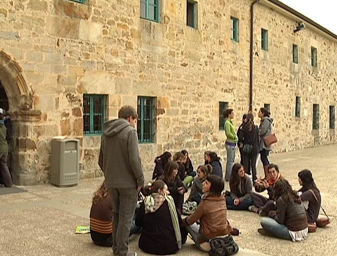 Bienvenida a la Juventud Vasca Cooperante 2010 [1:19]