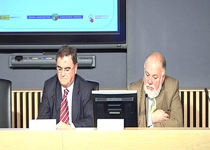 El EVE pone en marcha el Plan Renove Ventanas 2010 con un presupuesto de 1,4 millones y nuevas condiciones de solicitud [1:39]