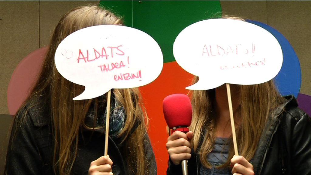 Aldats taldea (Irekia Speaker´s Corner Bilbao) [0:35]