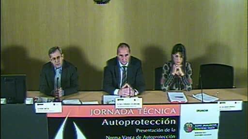 Rueda de prensa de presentación de la Jornada Técnica sobre Autoprotección: presentación de la Norma Vasca de Autoprotección [41:36]