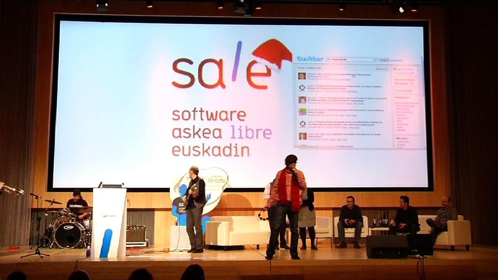 """Idoia Mendia presenta la """"agenda de liberaciones"""" que marcará la """"hoja de ruta"""" del Gobierno Vasco en materia de software libre [76:56]"""