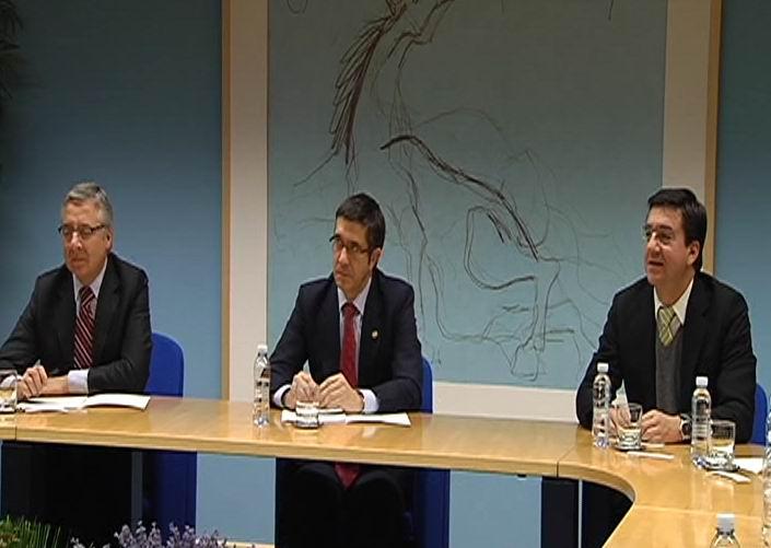 """La unidad institucional en el TAV será """"garantía de su gestión"""" según el Lehendakari [1:29]"""
