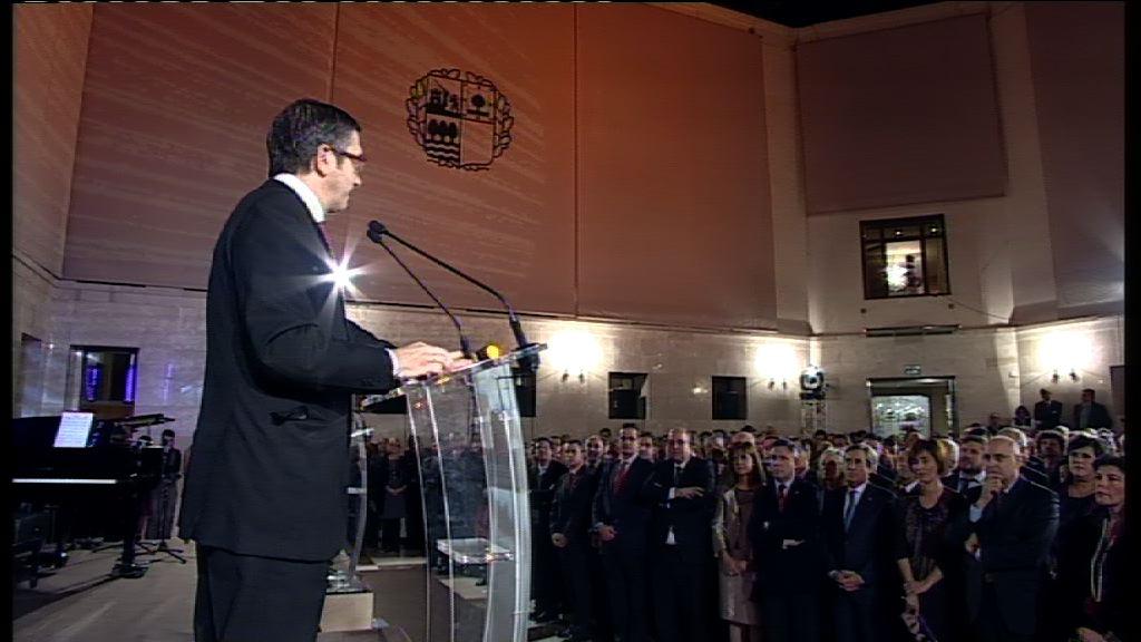 Lehendakariaren hitzaldia (Euskal Gizarteari Harrera 2010-12-29) [14:22]