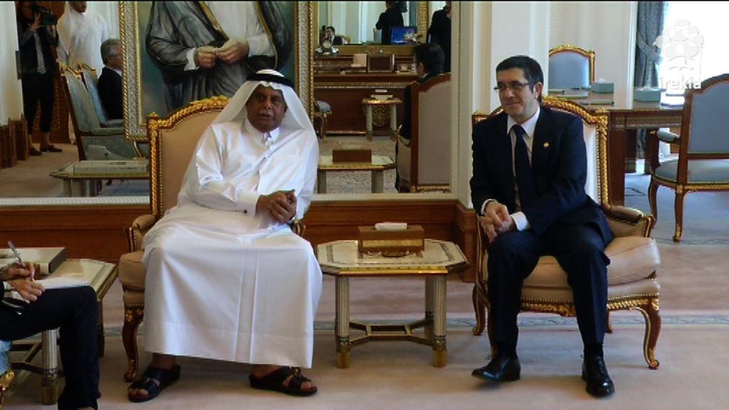 Lehendakariak bilera egin du Abdullah Bin Hamed Al Attiyah lehen ministrorde, Lehendakaritzako ministro eta Errege Etxeko buruarekin [0:50]