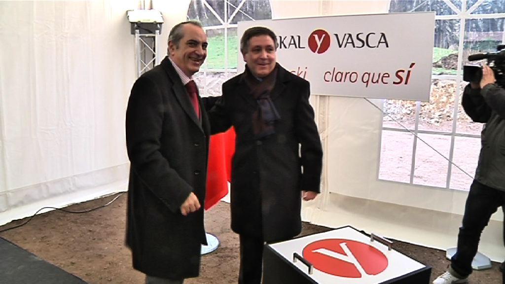 """Hasiera eman zaio euskal """"Y""""-ak izango duen tunel luzeenaren eraikuntzari [1:29]"""