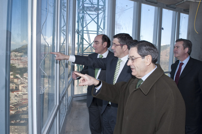Eusko Jaurlaritzak eta Iberdrolak 60 milioi euroko inbertsioa egingo dute sare adimendunen proiektu batean