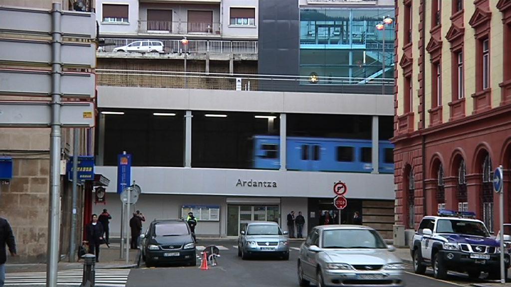Eibar estrena la estación de Ardanza [0:55]