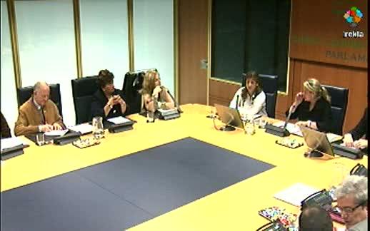 Comparecencia: representantes del Colectivo de Víctimas del Terrorismo del País Vasco (6-04-2011) 2ª parte [1:23]