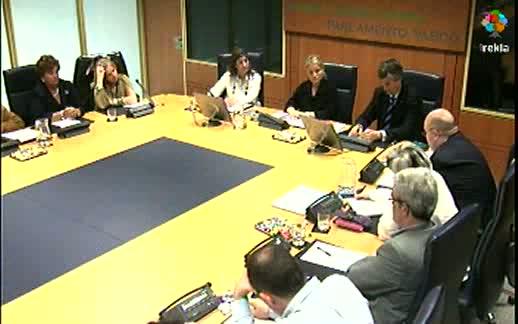 Comparecencia: representantes del Colectivo de Víctimas del Terrorismo del País Vasco (6-04-2011) 7ª parte [38:51]