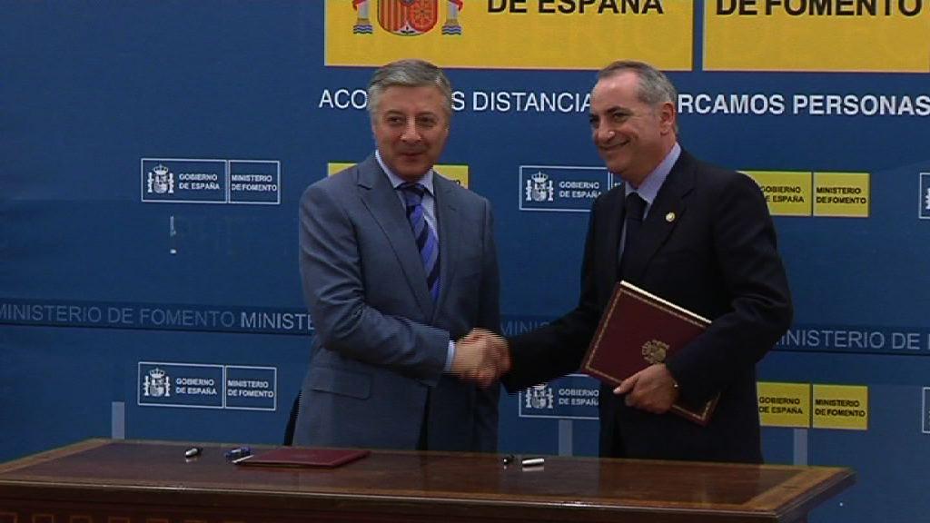 Arriolak eta Blancok Lezoko eta Jundizko terminal logistiko intermodalak garatzeko protokoloa sinatu dute Madrilen [1:04]