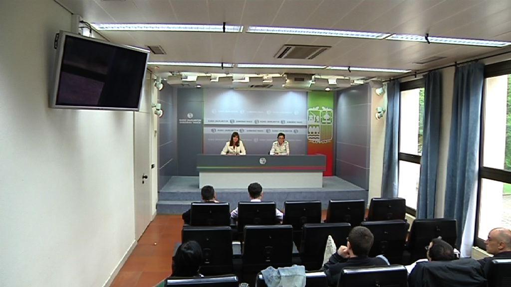 Rueda de prensa de la portavoz, Idoia Mendia, tras el Consejo de Gobierno [23:38]