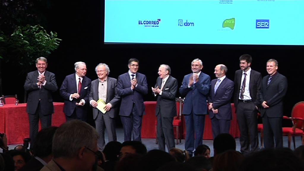 La Fundación Novia Salcedo premia la excelencia en la integración profesional de los jóvenes [1:12]
