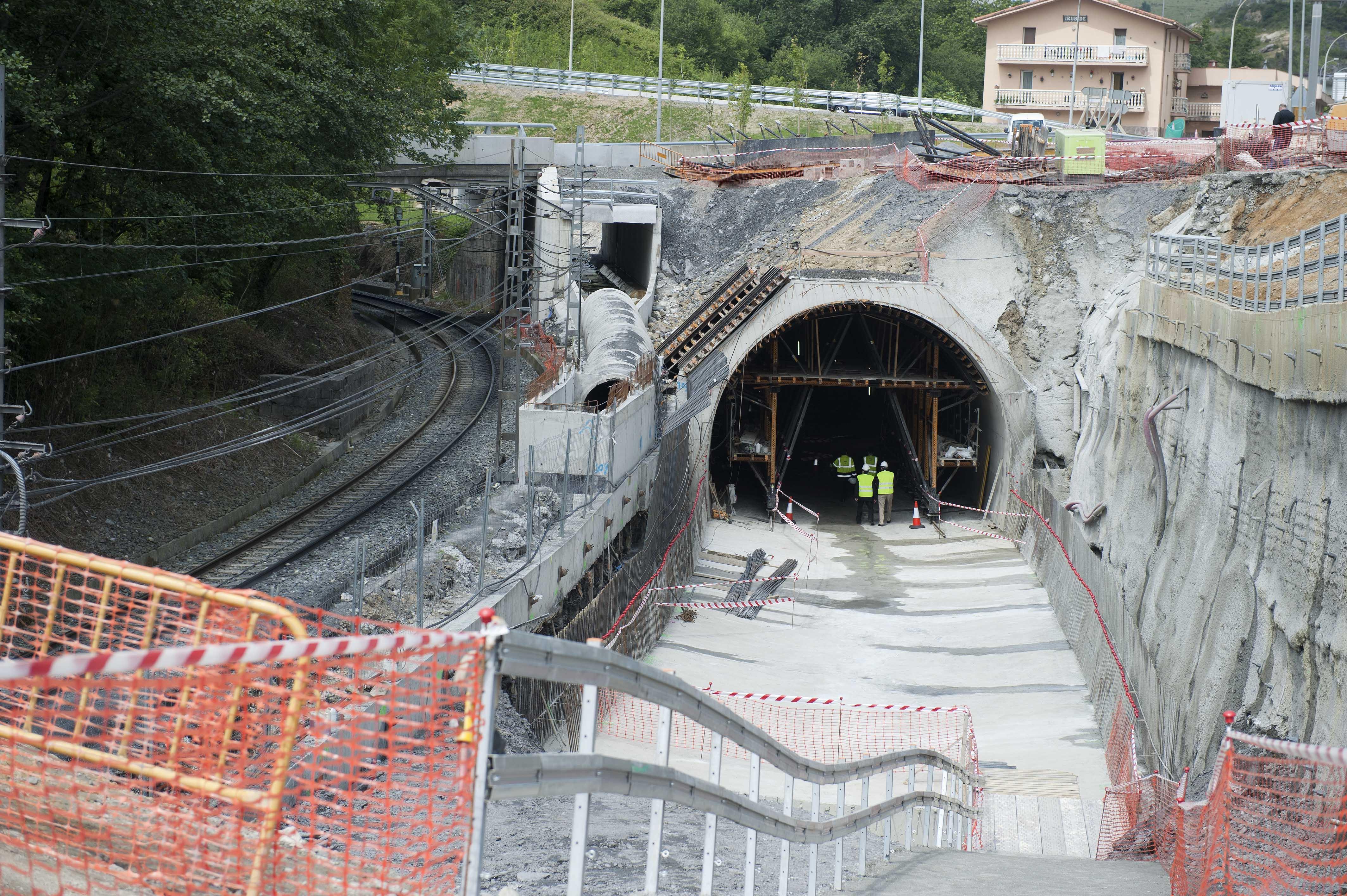 2011_06_03_cale_metro_vias_tunel.jpg