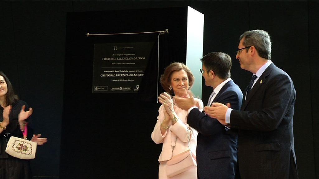 Inaugurado el Museo Cristóbal Balenciaga    [1:00]