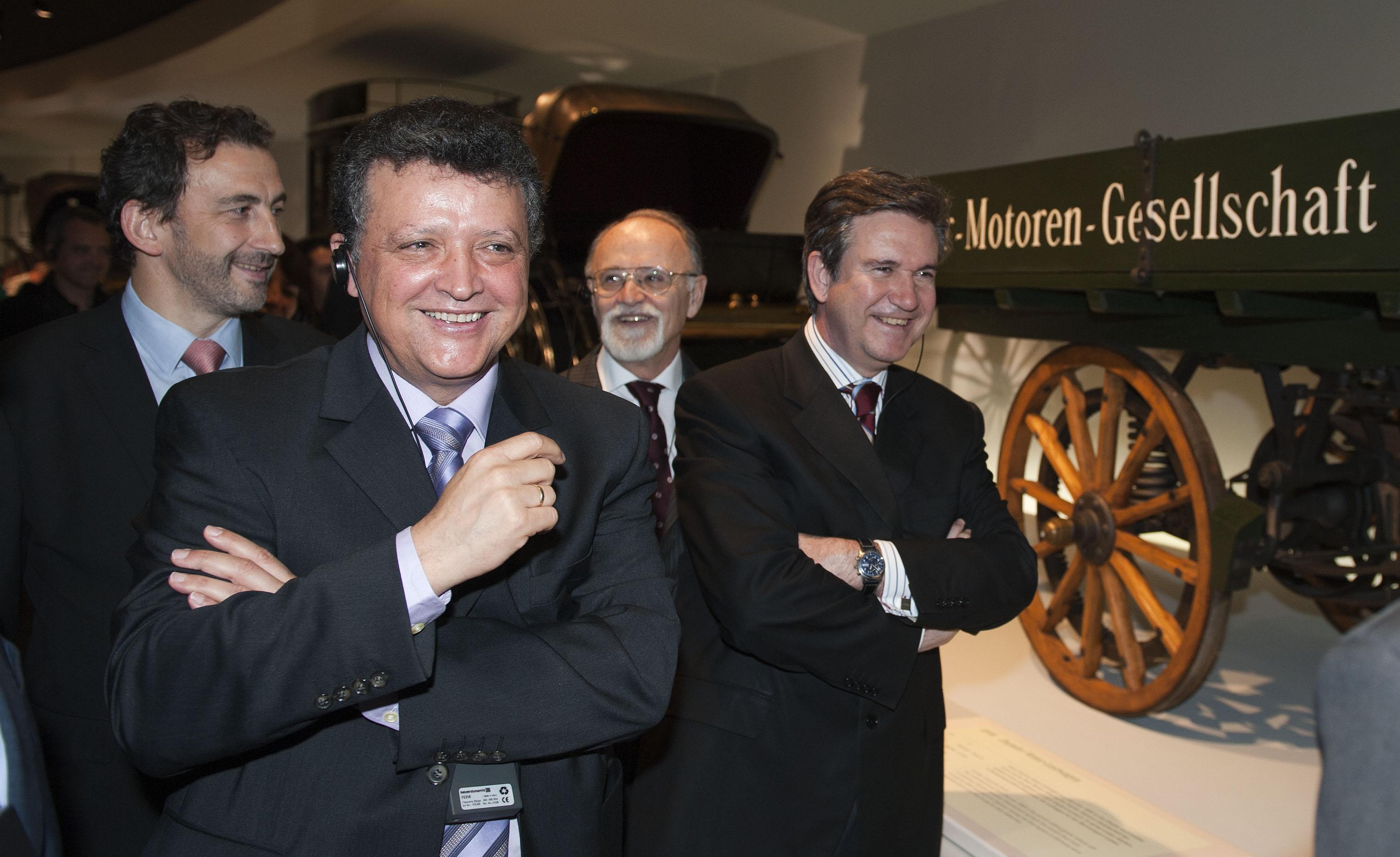 2011_06_08_mercedes_unda_titos_visita_museo.jpg