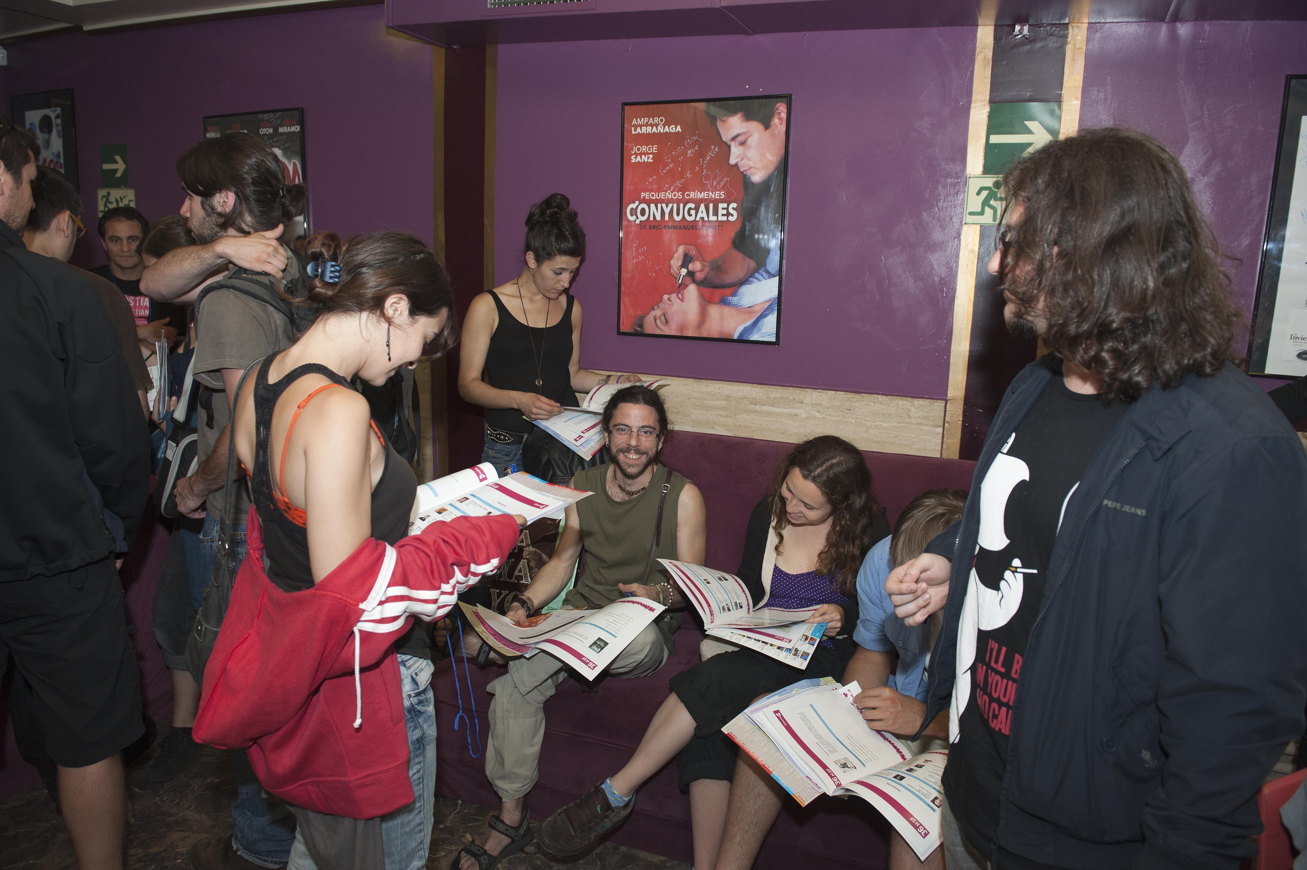 2011_06_22_filmica_participantes_credenciales.jpg