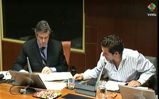 Comparecencia: Consejero de Industria, Innovación, Comercio y Turismo (28-06-2011) [30:50]