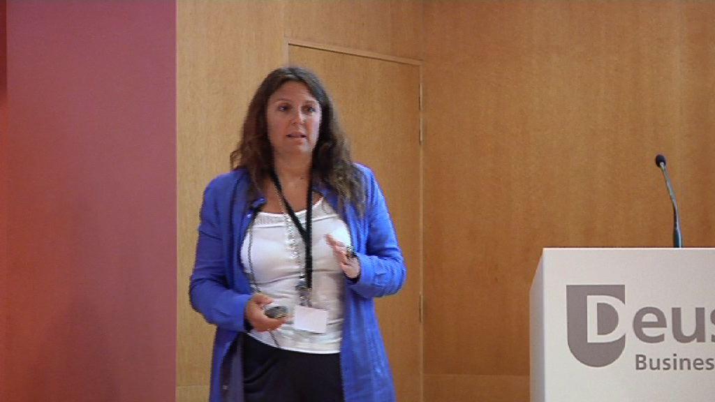 Salud 2.0 Euskadi (jornada miercoles). Salud 2.0 y la administración sanitaria Miguel Ángel Máñez y Carolina Rubio [68:14]