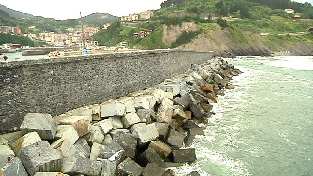 """Euskadi, """"referente"""" en el desarrollo de la energía de las olas [1:53]"""