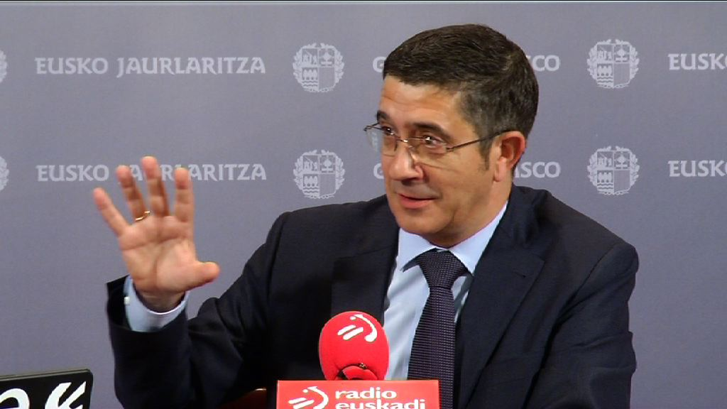 "El Lehendakari reclama a Bildu que retire el ""respirador"" a una ETA ""moribunda"" [37:06]"