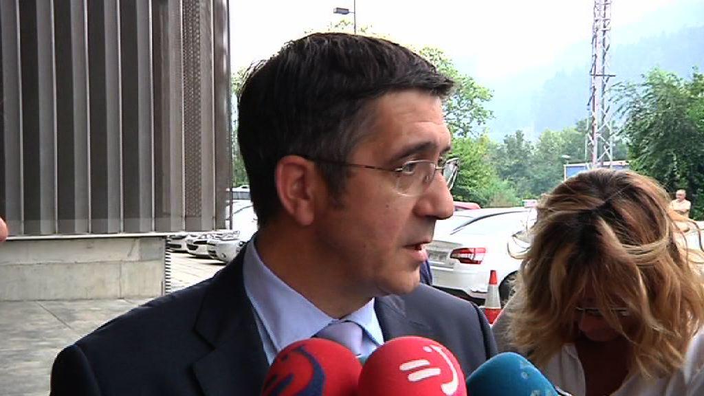 """El Lehendakari reconoce que la sentencia del """"caso Bateragune"""" puede generar """"sorpresa"""" y """"frustración"""" [0:57]"""