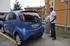 El Hospital de Cruces incorpora cinco vehículos eléctricos