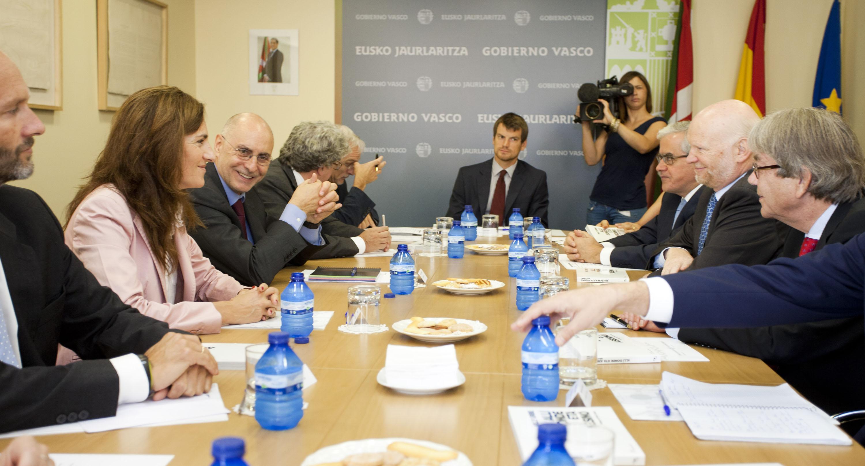 2011_09_23_ares_embajadores_en_madrid07.jpg